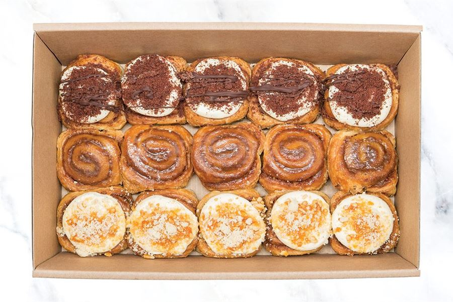 Small Sticky Cinnamon Bun Collection